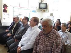 تجلیل رئیس مجمع عالی نخبگان شهرستان قائم شهر از بهورز نمونه کشوری سنگتاب سیمرغ